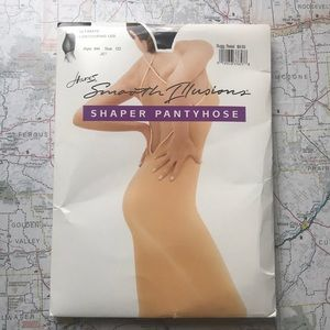 NWT Hanes, Shaper Pantyhose, Medium